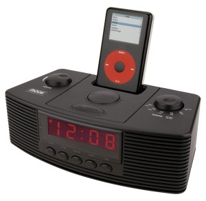 CLOCK RADIO WITH DOCKING STATION FOR IPOD
